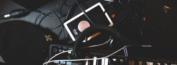 【3万円ポッキリ?】DTM初心者にオススメの機材を紹介